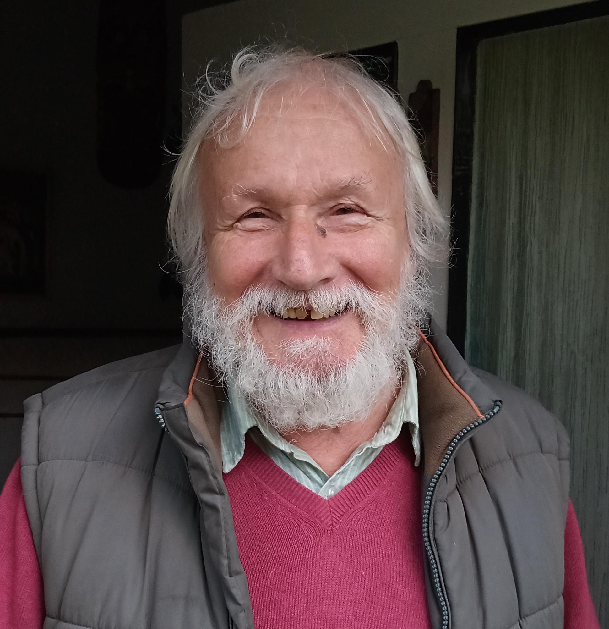 charity auction - Bill Taylor raising money for St John's Hospice